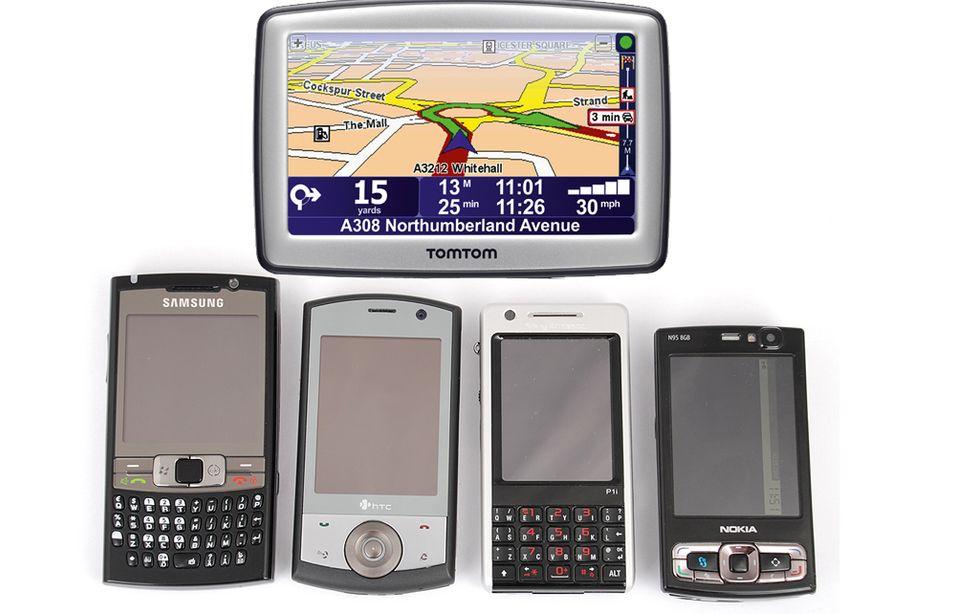 Vi har sett nærmere på fire GPS-modeller, og fått tafse på Tomtoms nyheter.