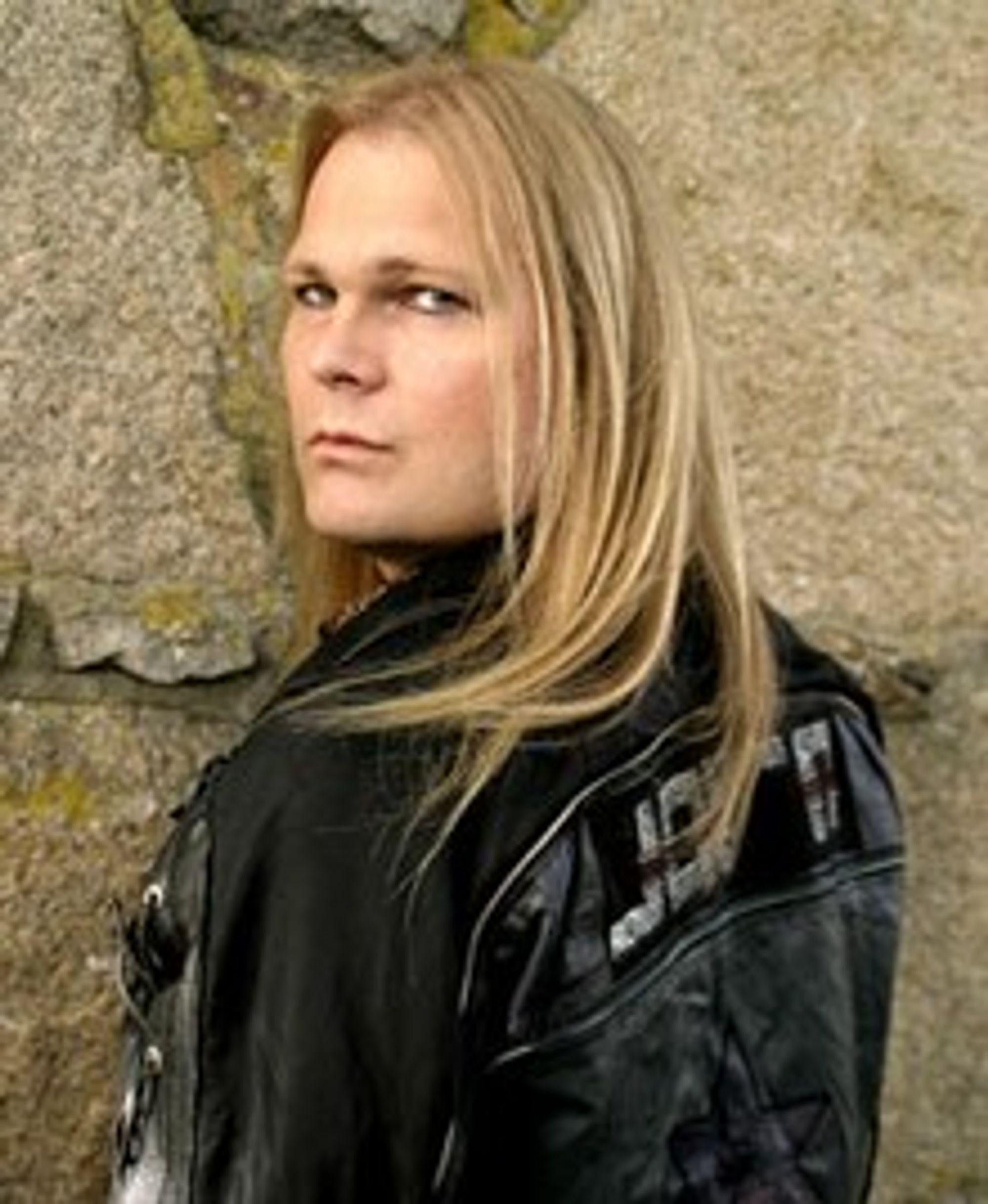 Jørn Lande står fjellstøtt som vokalist i sin sjanger.