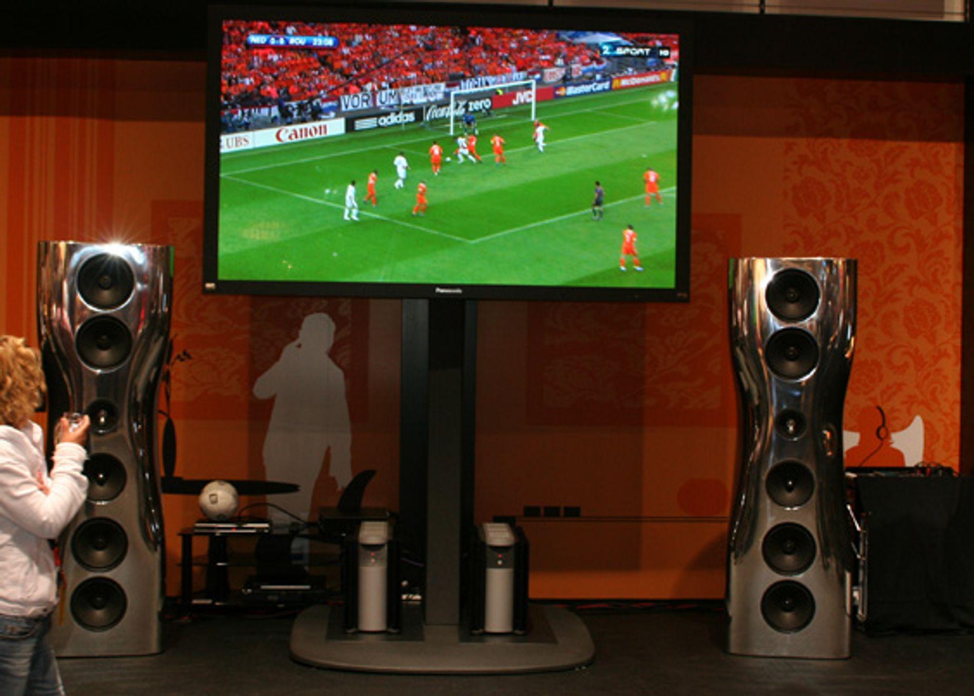 Verdens største full HD plasma-TV.