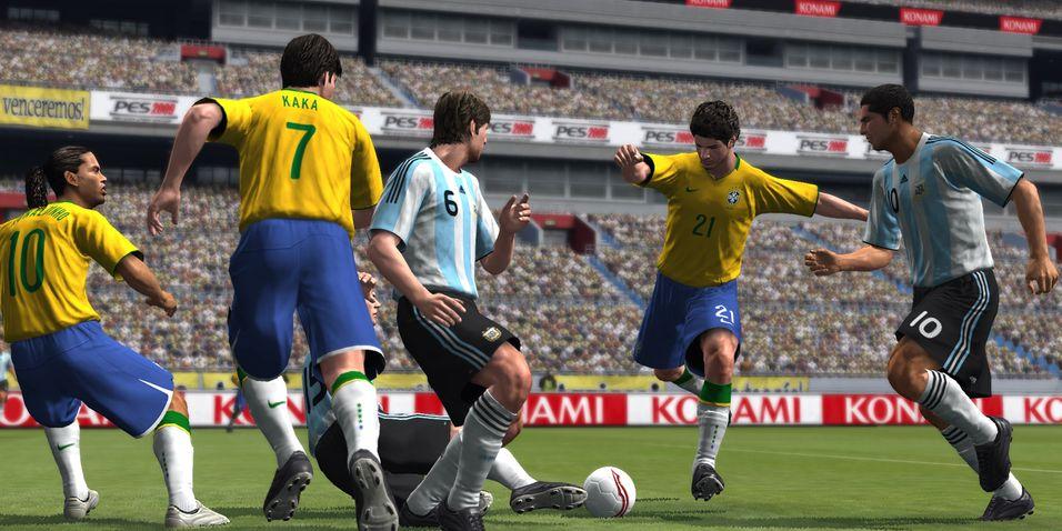 Pro Evolution Soccer til høsten