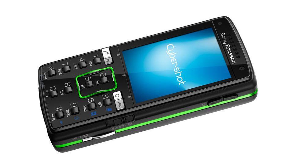 Sony Ericsson trekker Sony ned
