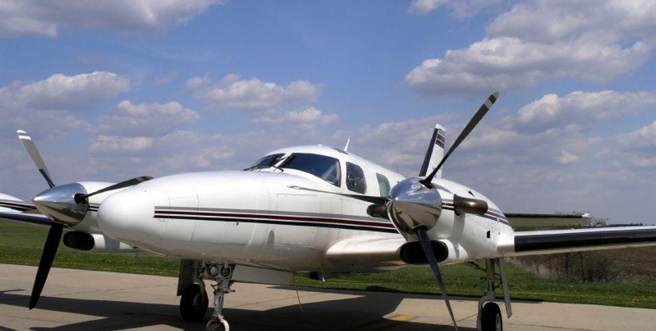 Privatflyet landet trygt, takket være en snartenkt flygeleder med raske tomler.
