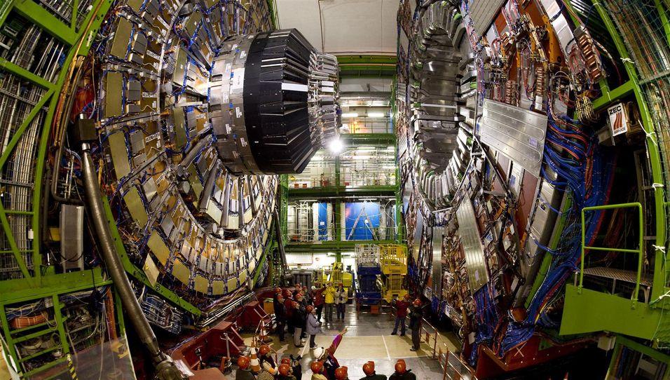 CERNs massive partikkelakselerator genererer enorme mengder data