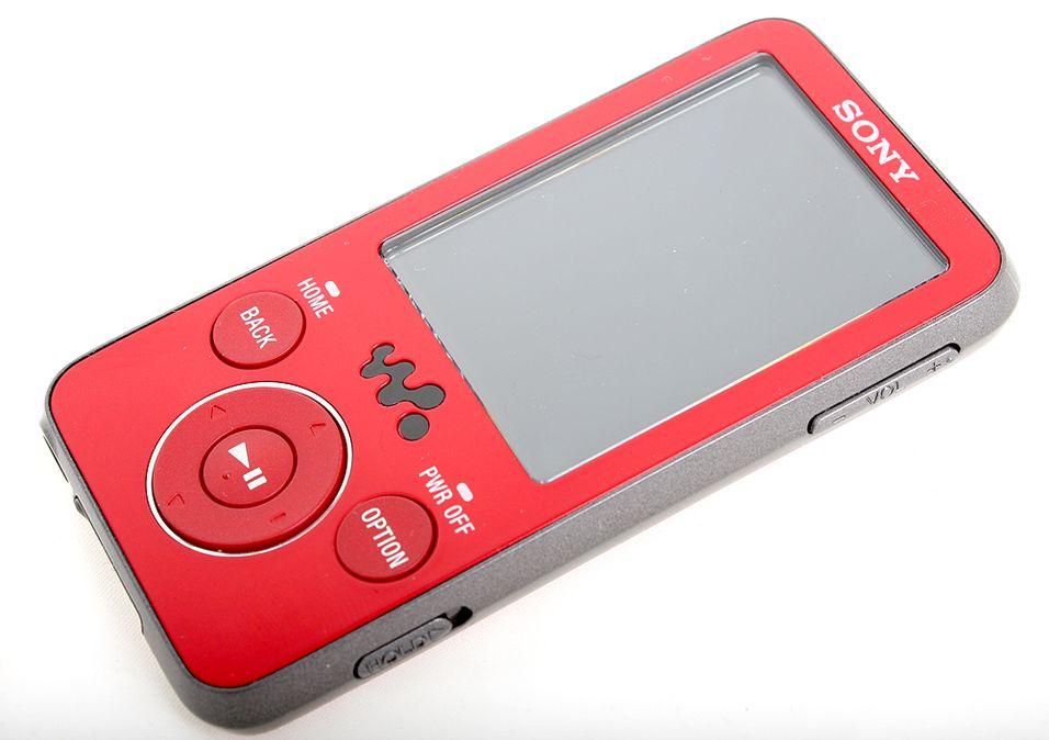 Sony E430 er Sonys nye utfordrer i Nano-klassen.