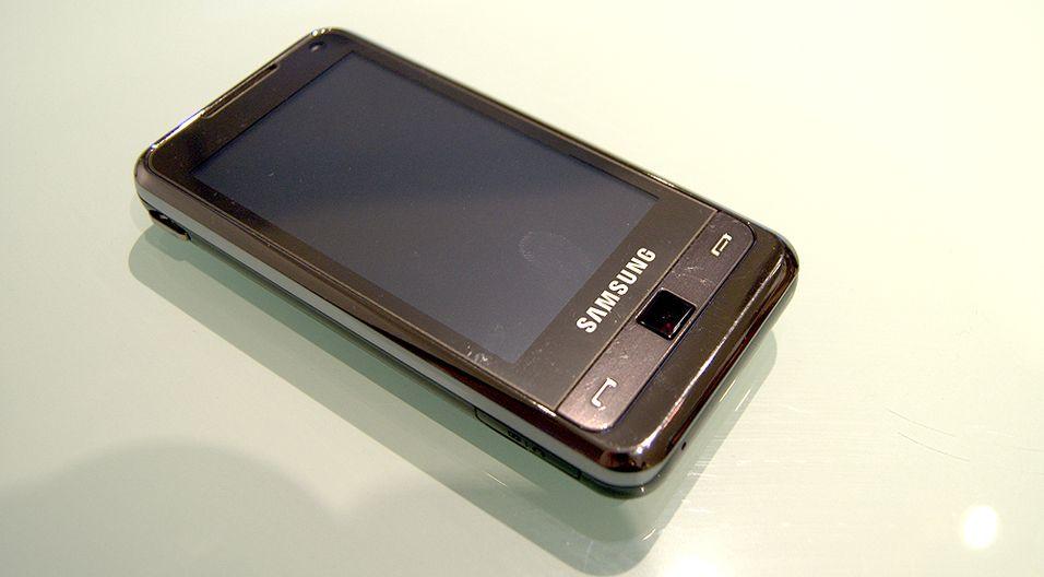 Samsung I900 Omnia er en teknologibombe som kjører Windows Mobile.