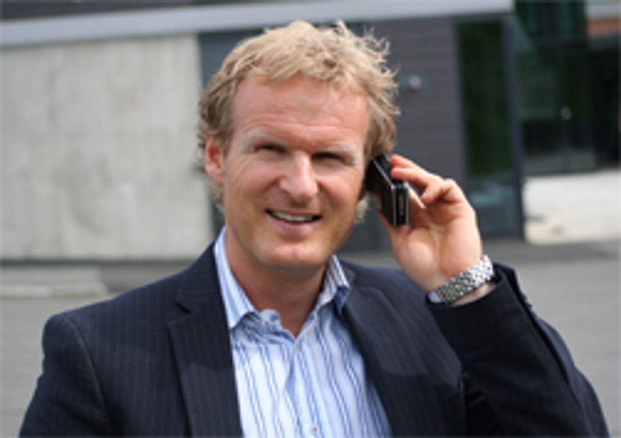 Tele2-sjef Haakon Dyrnes svarer på dine spørsmål.