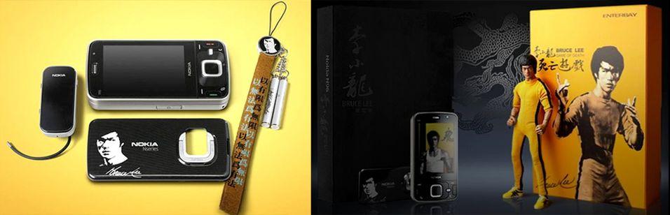 Bruce Lee-telefonen kommer med ekstra Bruce Lee-tilbehør.