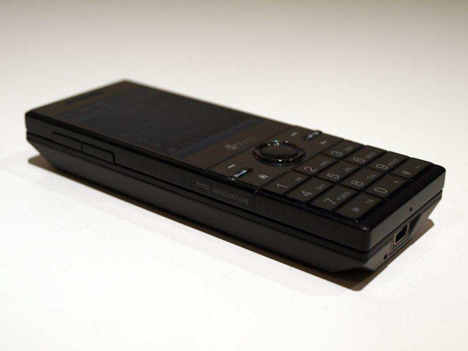 TEST: HTC S740