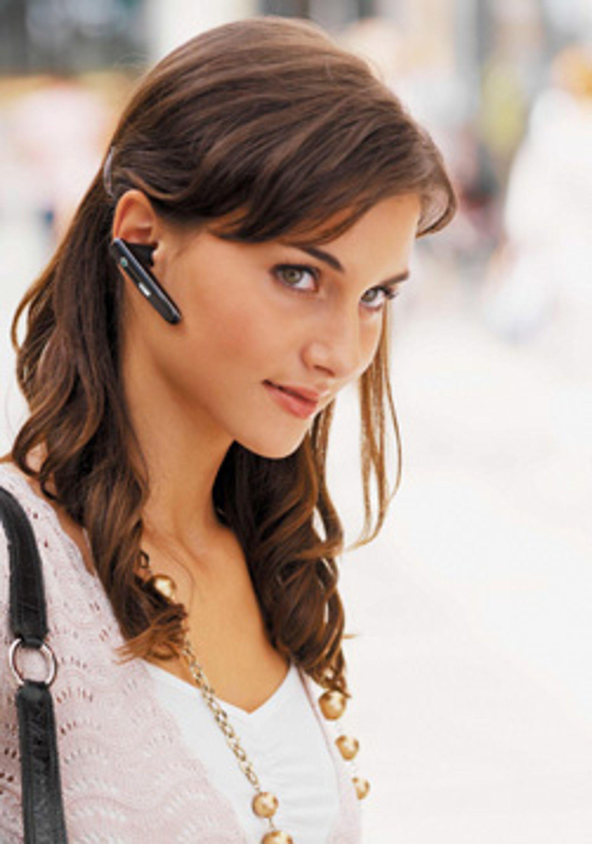 En trådløs håndfri stråler 1/250 av det mobilen stråler. (Foto: Sony Ericsson)
