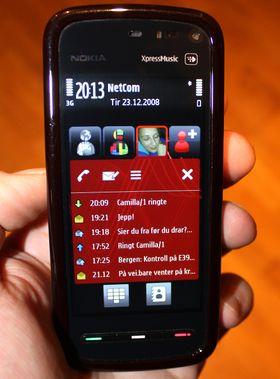 """Få måneder etter testen av iPhone 3G testet vi Nokia 5800 Tube. """"Dette er ingen iPhone"""" var et av punktene i testkonklusjonen. Den målestokken ble med oss hele veien til Android ble et modent operativsystem."""