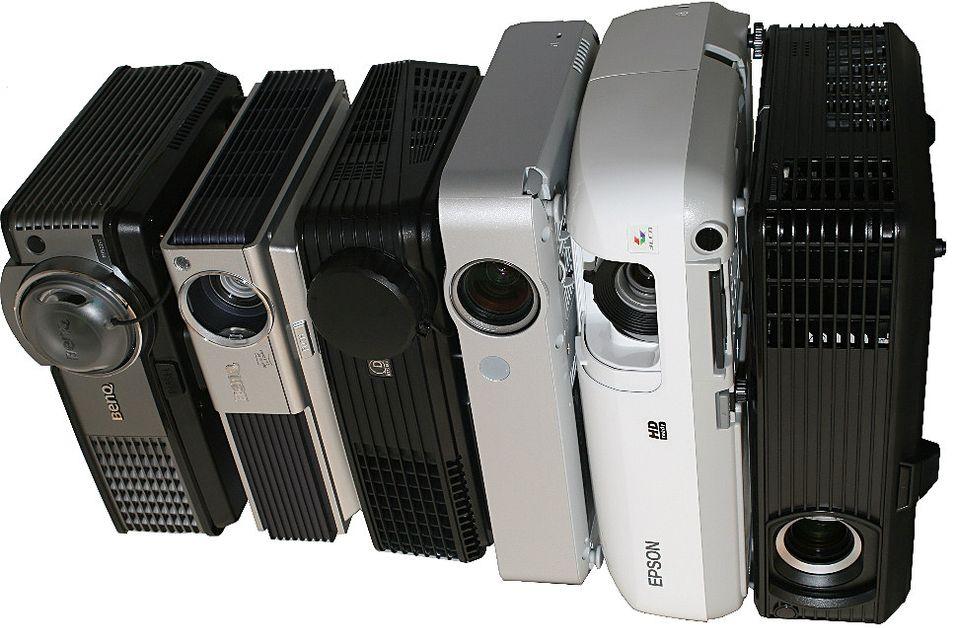 TEST: Samletest av billige projektorer