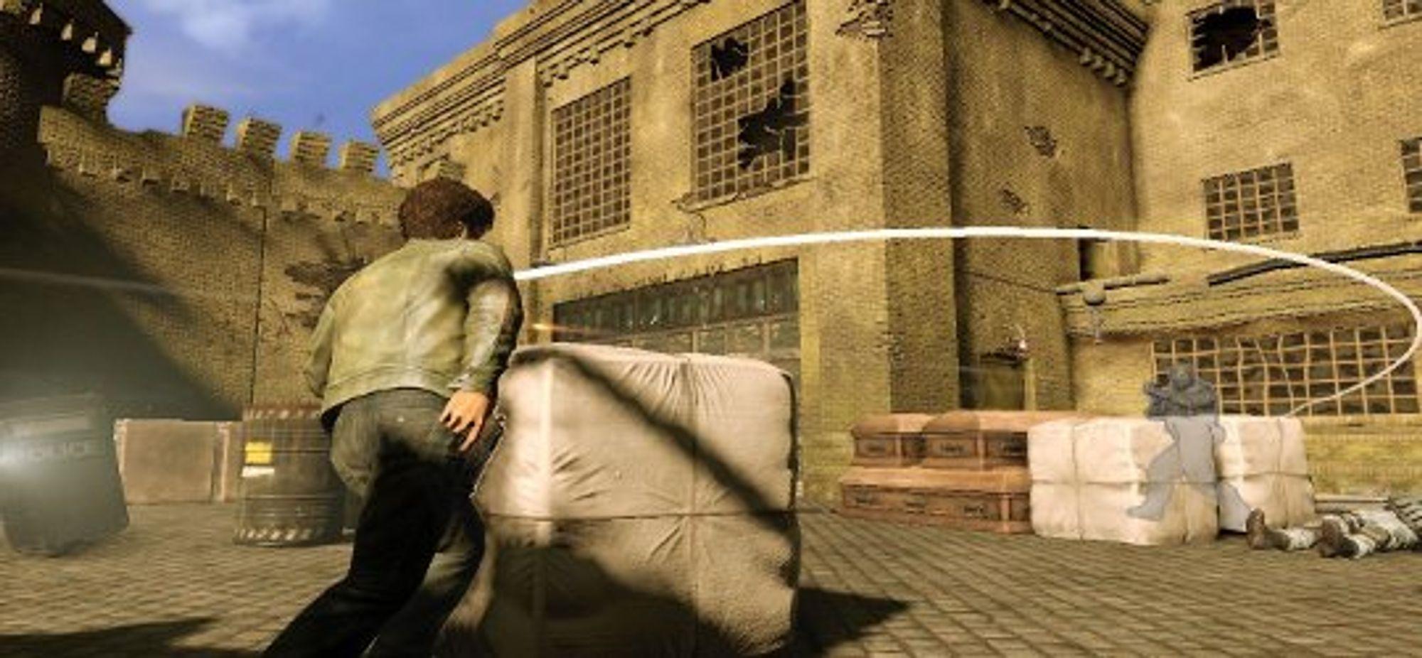 Her er Wesley i ferd med å skru en kule.