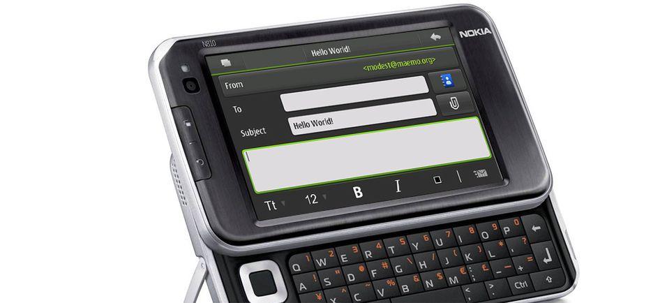 Maemo 5 nærmer seg. For ordens skyld: BIldet viser en N810, som ikke er kompatibel med Maemo 5.