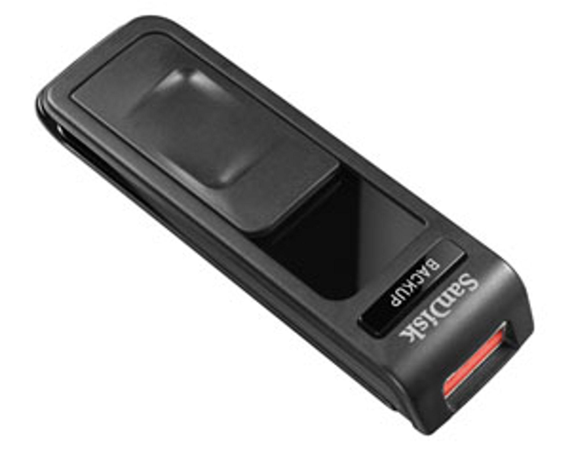Når minnepennen ikke er i bruk kan USB-kontakten trekkes inn