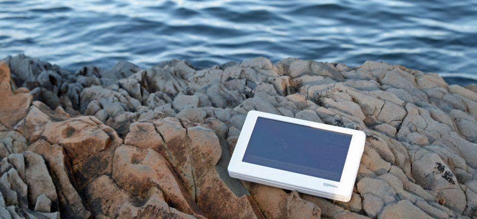 Se TV der du vil, gjerne ved sjøen: Cowon O2