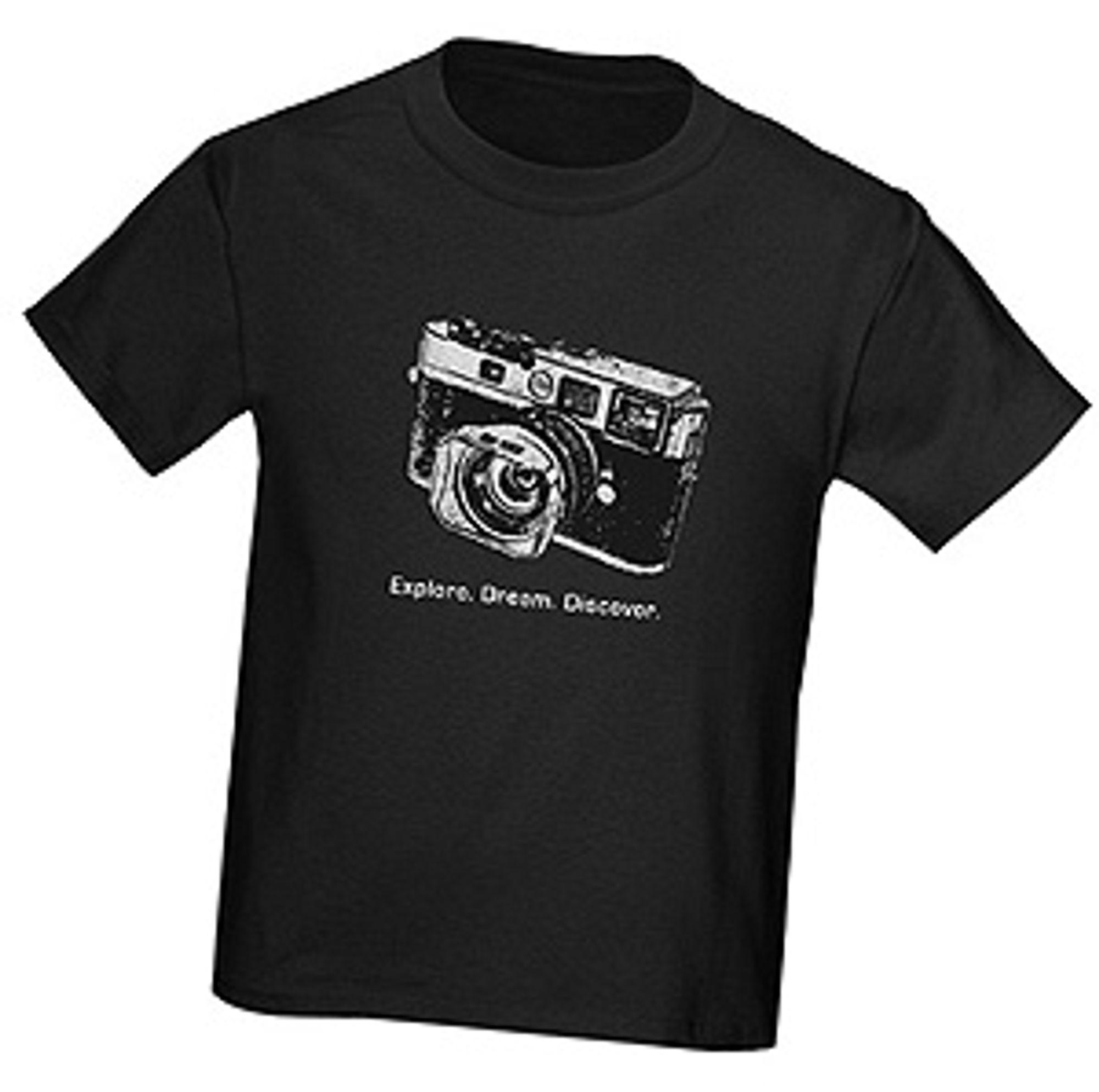 Kjøp en t-skjorte og bidra til å oppfylle en drøm.