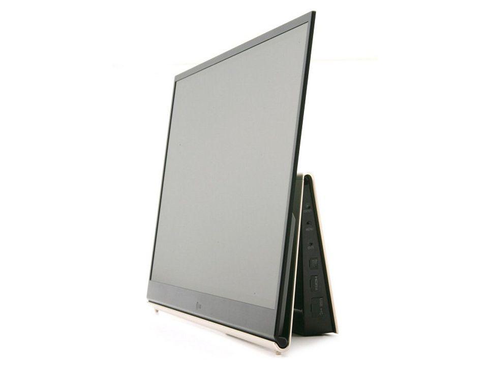 """Kommer i salg før jul i Asia: LGs 15"""" OLED-TV"""