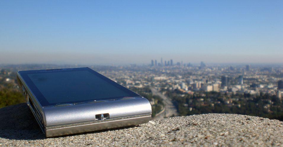 Sony Ericsson Satio satser stort.