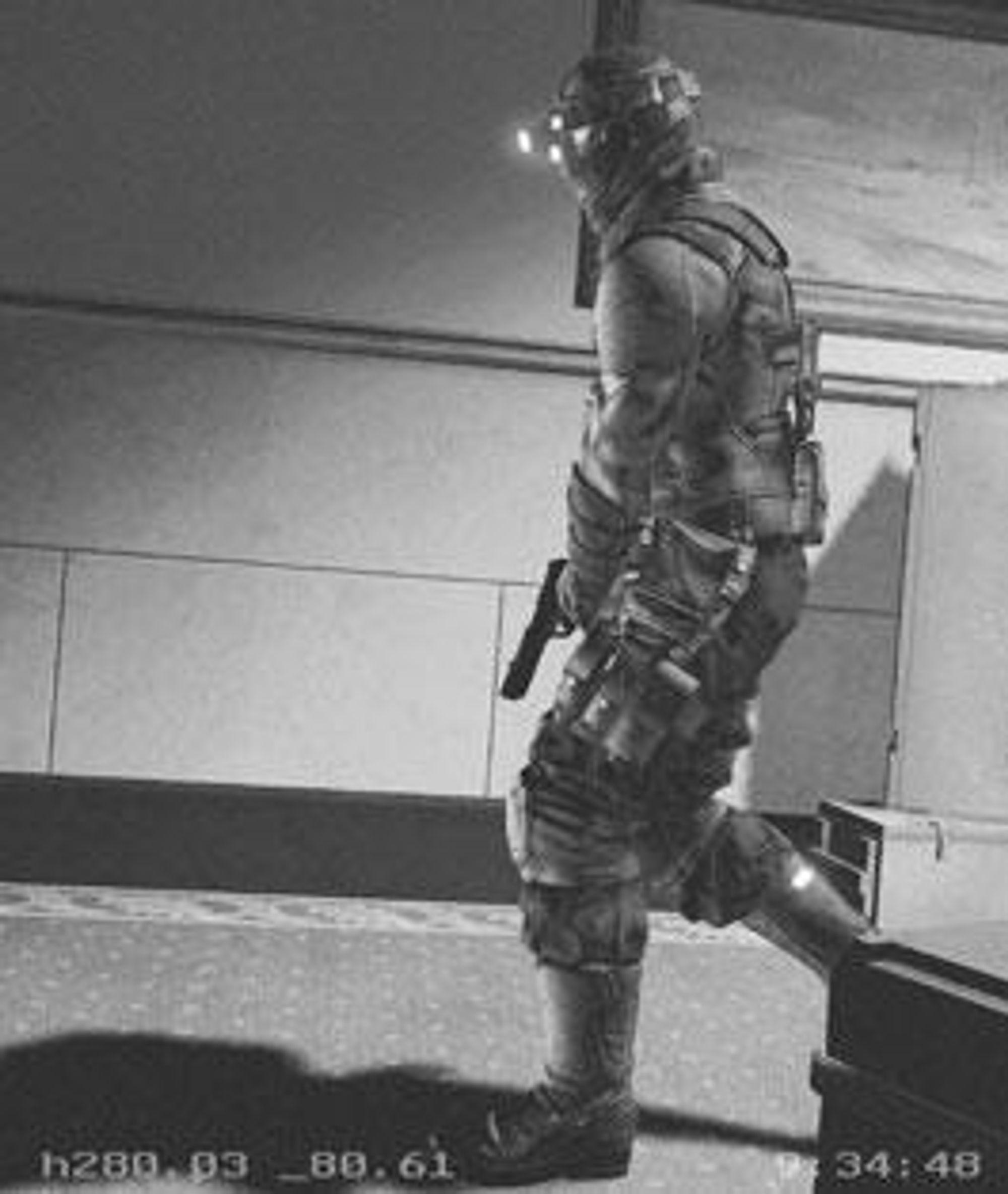 Archer er, i ekte Splinter Cell-stil, kledd som en moderne ninja.