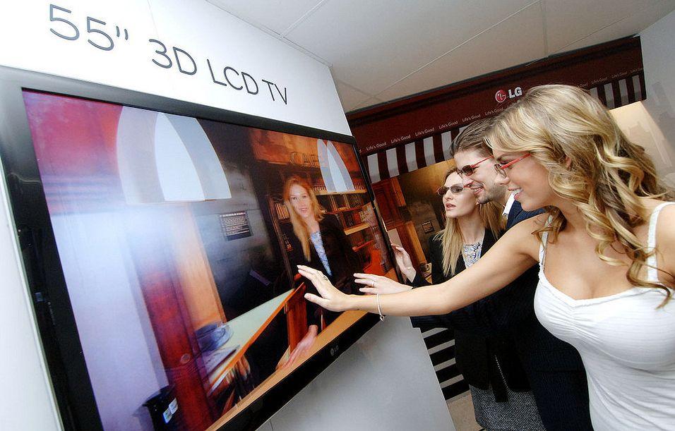 LG viser frem 3DTV på CES: Her en 55-tommers modell