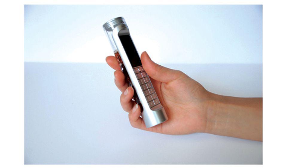 Konseptmobilen likner på et reagensrør med skjerm (foto: Daizi Zheng)