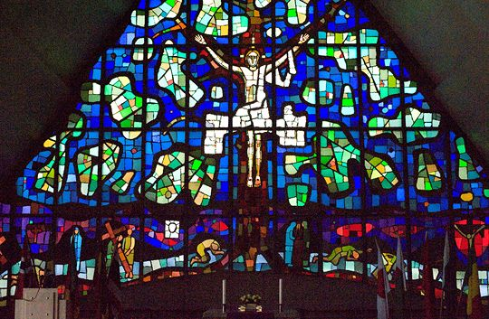 Glassmaleri av Victor Sparre i Jeløy kirke.