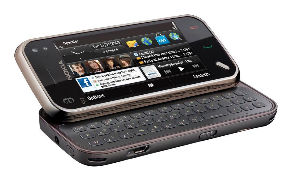 N97 Mini er en av terminalene som nå kan få gratis navigasjon fra Nokia.