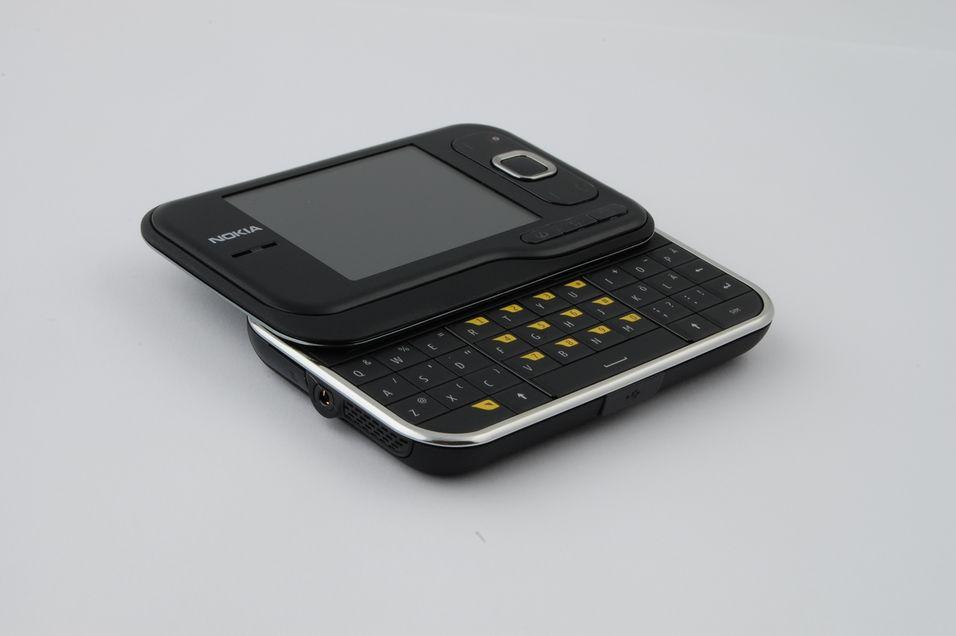 TEST: Nokia 6760 Slide