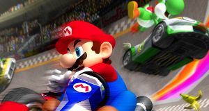 Fjernstyrt Mario Kart med bananer og skjell