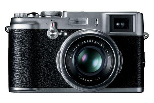 Fujifilm FinePix X100.