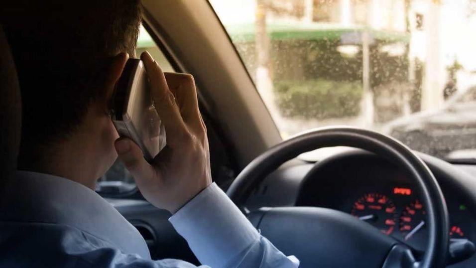Tekster du når du kjører bil?
