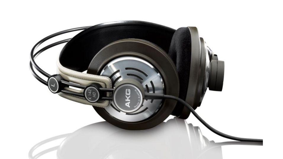 Nye hodetelefoner fra AKG