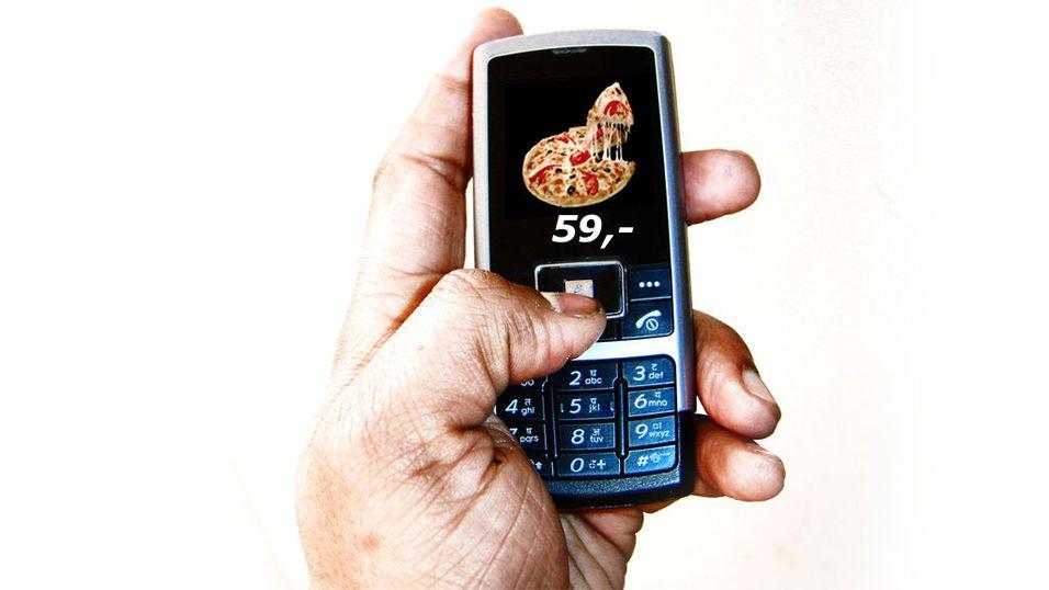 Vurderer reklame i private SMS