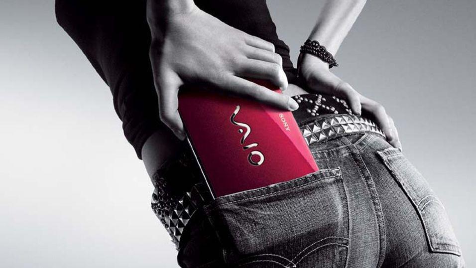 Snodig harselas med Sony-reklame