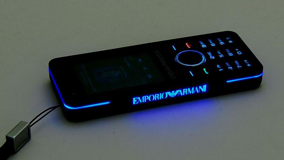 TEST: Test: Samsung Emporio Armani M7500