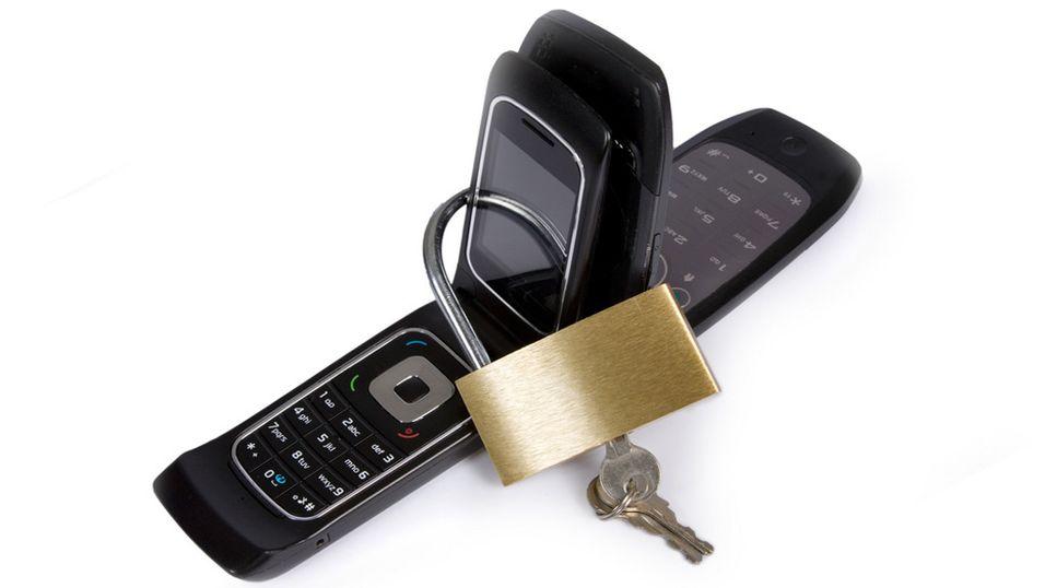GUIDE: Slik virusbeskytter du mobilen