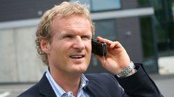 Administrerende direktør Haakon Dyrnes i Tele2 vil foreløpig ikke øke prisen på Sheriff.
