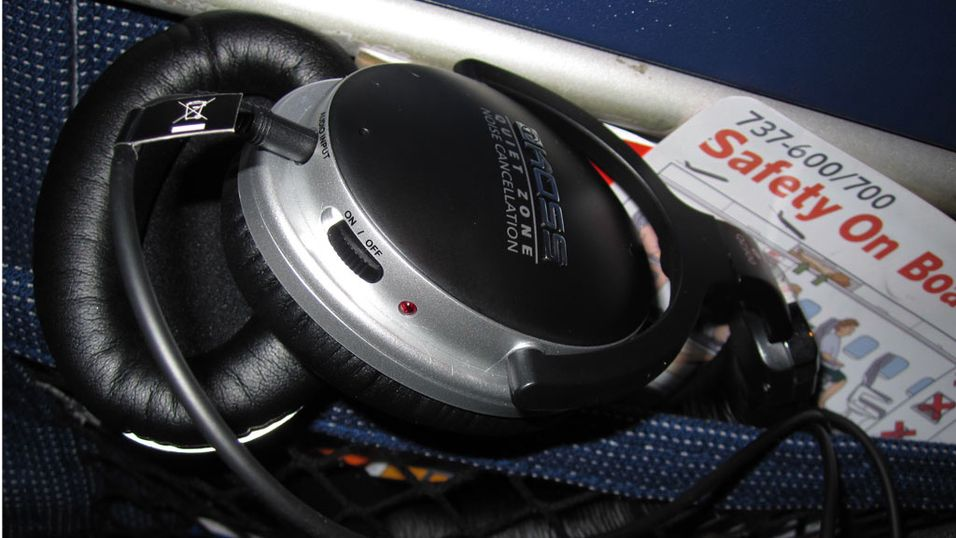 TEST: Test: Koss QZ900 – stenger støyen ute