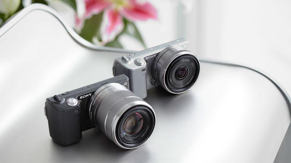 Knøttsmå systemkameraer fra Sony