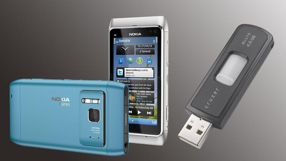 Plugg minnepennen i mobilen