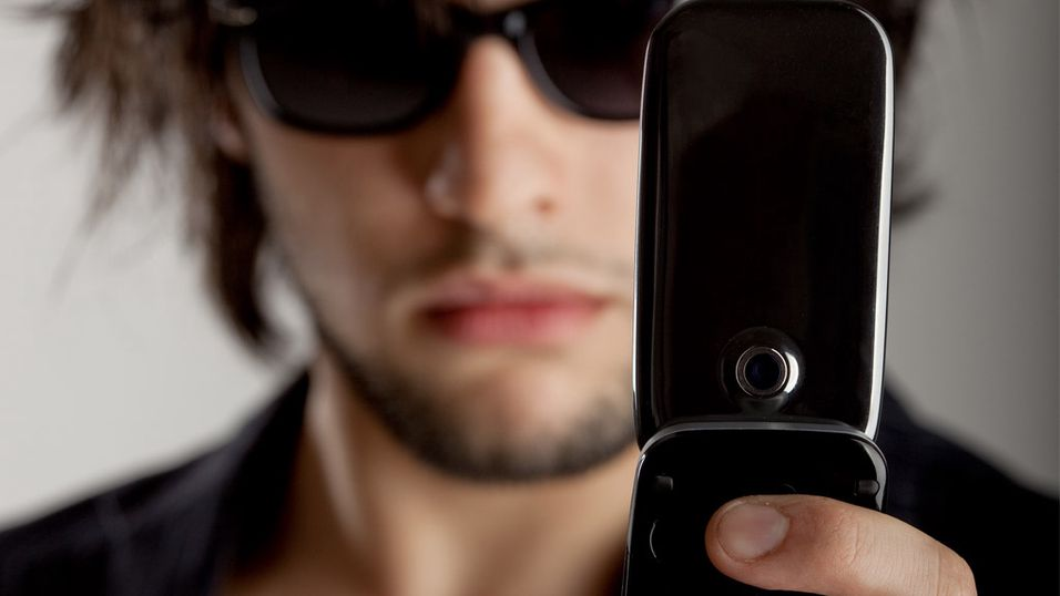 Vi raser mot mobil-paparazzier