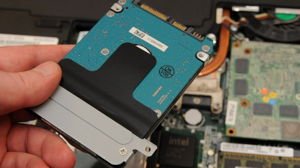 GUIDE: Slik bytter du harddisken selv