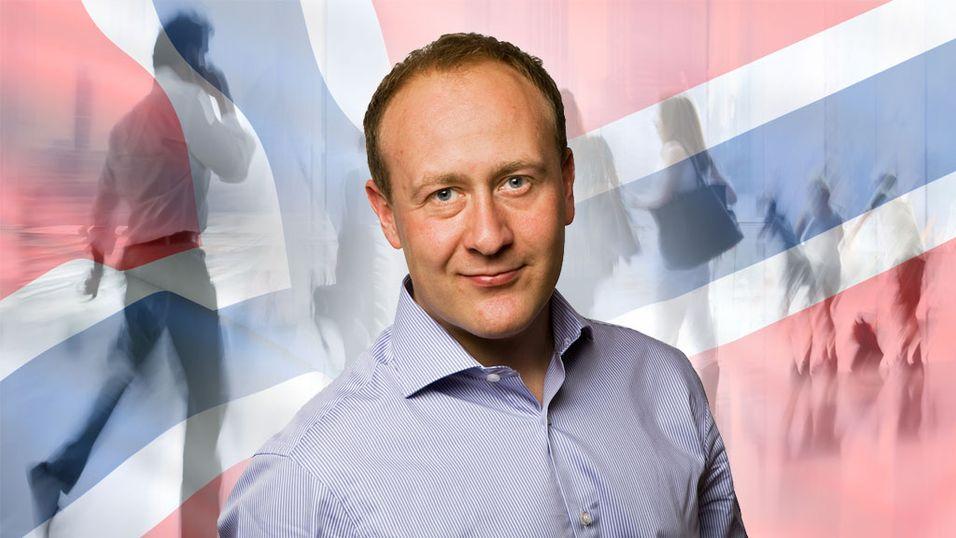 Kommunikasjonssjef Øyvind Vederhus i NetCom konkluderer med at ringing er ut; databruk er inn.