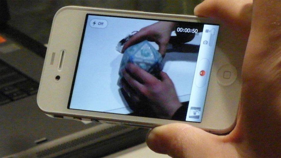Ble rik på hvite iPhone 4-deksler