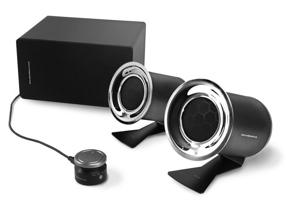 Antec lover 3D-lyd med sitt nye høyttalersett