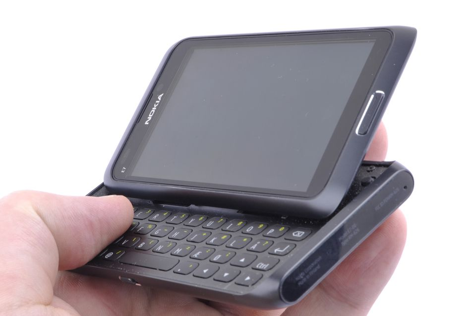 TEST: Nokia E7