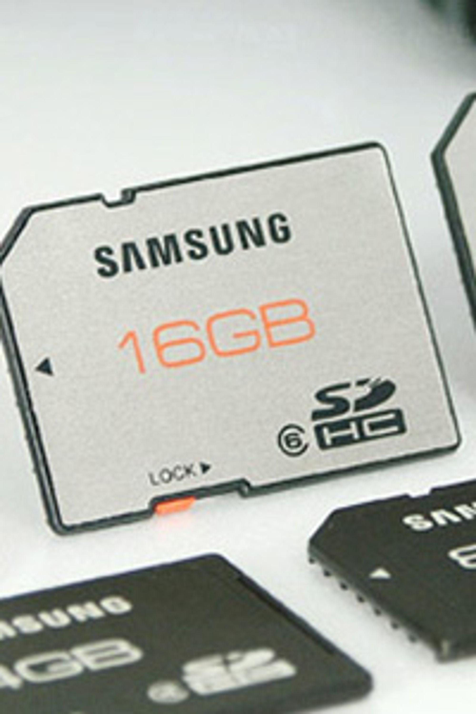 Samsung lanserer SD-kort som skal tåle 24 timer i vann.