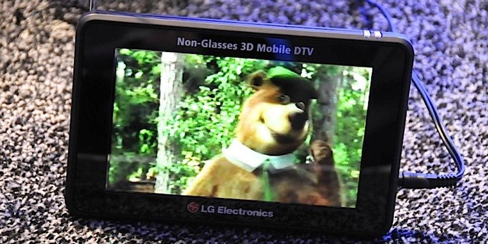 Brillefri og bærbar 3D-TV fra LG