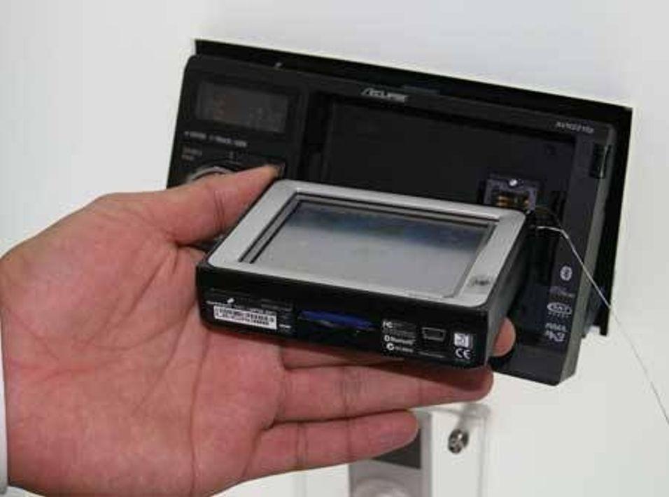 TomTom lanserer FM-transmitter
