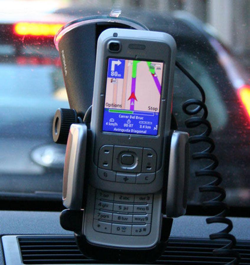 På kjøretur med Nokia 6110